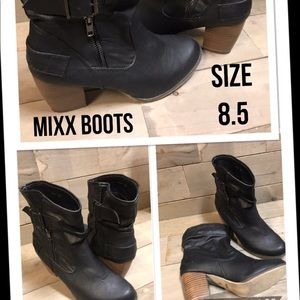 Black Ankle Mixx Boots . Size 8.5.